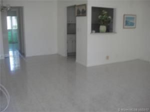 Condominium for Rent at 50 Norwich C 50 Norwich C West Palm Beach, Florida 33417 United States