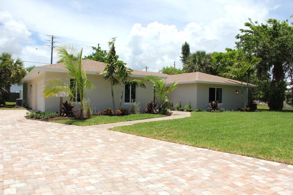 879 Fathom Road  North Palm Beach FL 33408