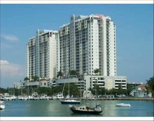 Condominio por un Venta en 1800 Sunset Harbour Drive # 1715 1800 Sunset Harbour Drive # 1715 Miami Beach, Florida 33139 Estados Unidos