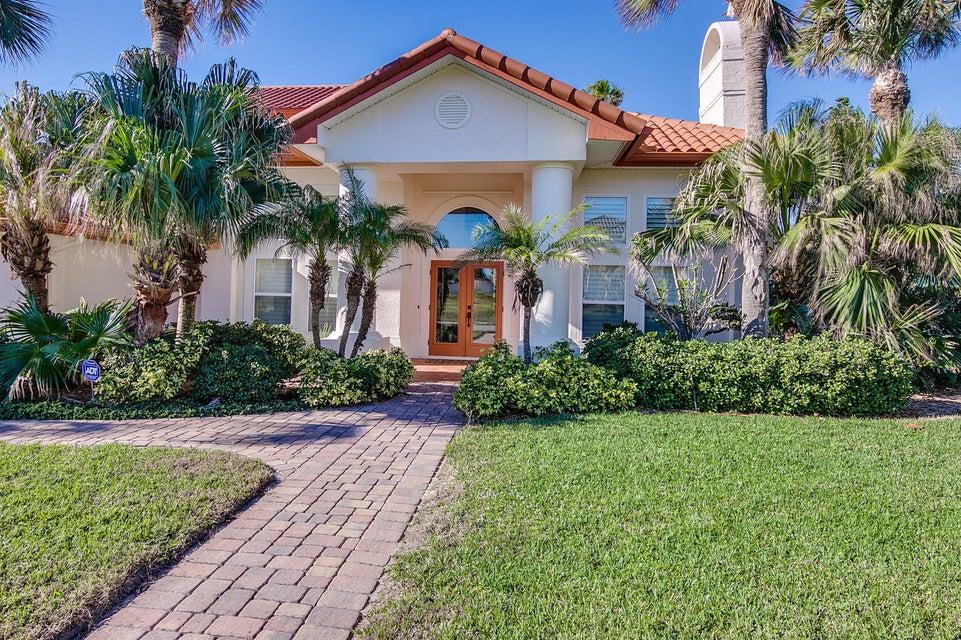 Частный односемейный дом для того Продажа на 202 Loggerhead Drive 202 Loggerhead Drive Melbourne, Флорида 32951 Соединенные Штаты