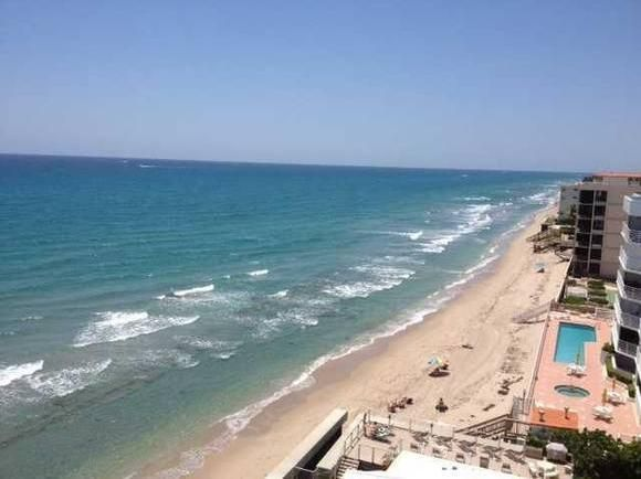 Additional photo for property listing at 3589 S Ocean Boulevard 3589 S Ocean Boulevard South Palm Beach, Florida 33480 États-Unis