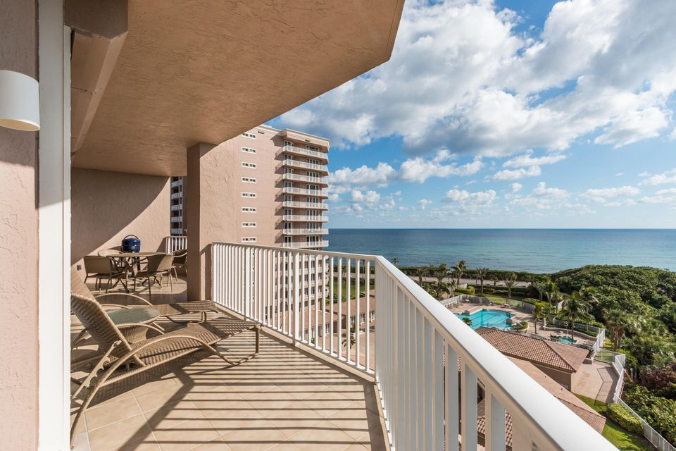 Condominio por un Venta en 700 Ocean Royale Way # 705 700 Ocean Royale Way # 705 Juno Beach, Florida 33408 Estados Unidos
