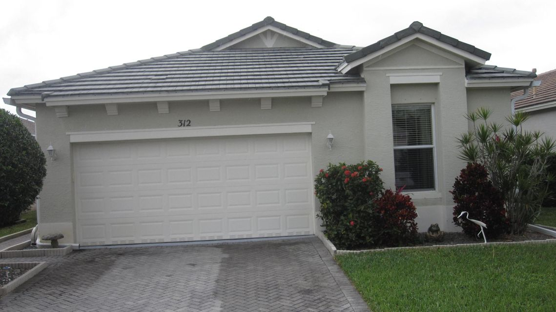 312 Sw Tomoka Springs Dr