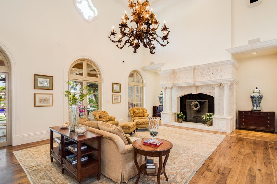 Additional photo for property listing at 450 E Coconut Palm Road  Boca Raton, Florida 33432 United States