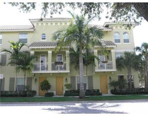 Townhouse for Rent at 1525 Via De Pepi 1525 Via De Pepi Boynton Beach, Florida 33426 United States