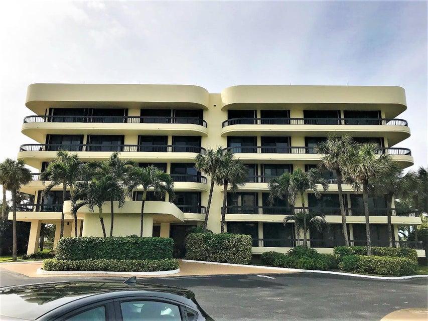 50 Beach Road 201  Tequesta FL 33469