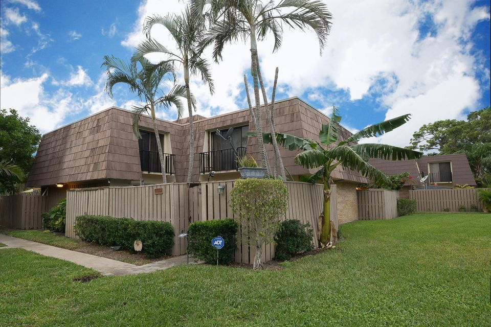 1306 13th Court , Palm Beach Gardens FL 33410 is listed for sale as MLS Listing RX-10395717 23 photos
