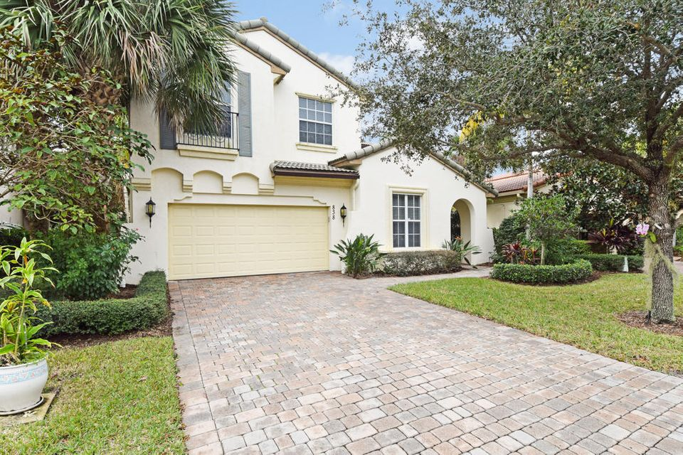 EVERGRENE home 838 Madison Court Palm Beach Gardens FL 33410