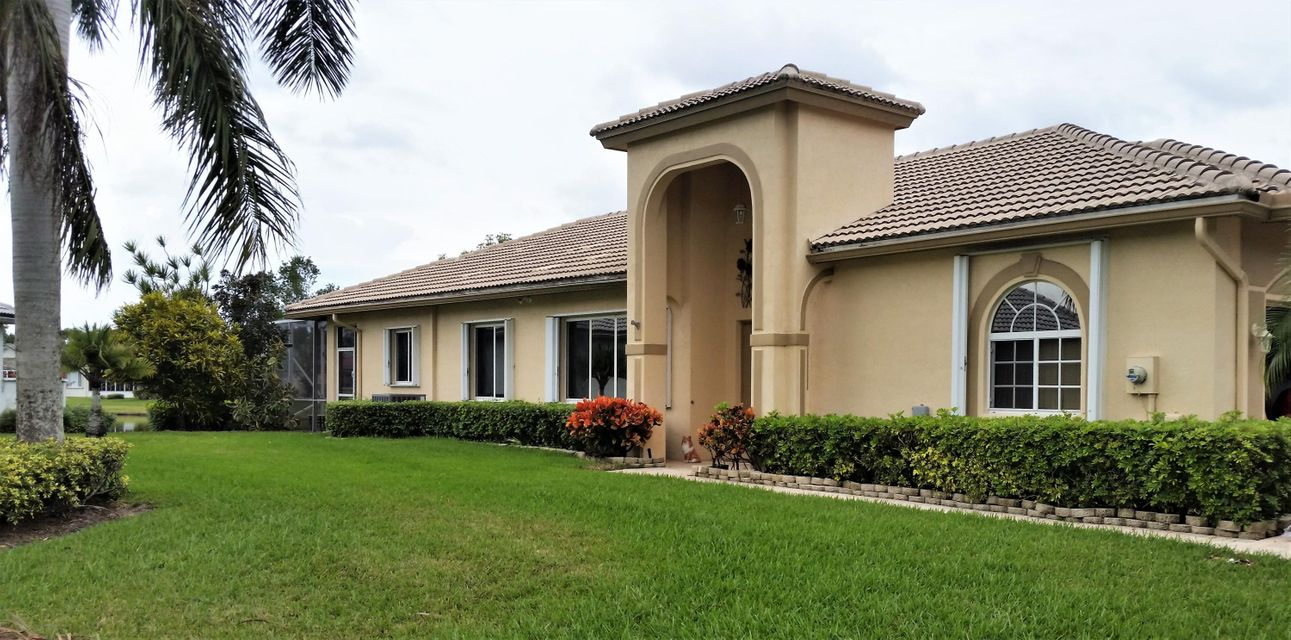 9119 Bay Point Circle  West Palm Beach, FL 33411