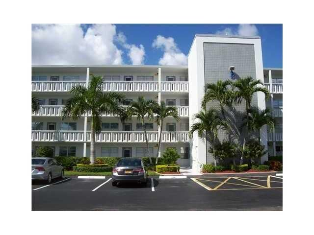 Condominium for Sale at 1009 Yarmouth A # 1009 1009 Yarmouth A # 1009 Boca Raton, Florida 33434 United States