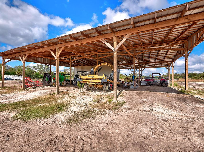 Additional photo for property listing at 6306 Summerlin Road 6306 Summerlin Road Port St. Lucie, Florida 34987 United States