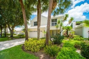 5 Wyndham Lane , Palm Beach Gardens FL 33418 is listed for sale as MLS Listing RX-10395463 1 photos