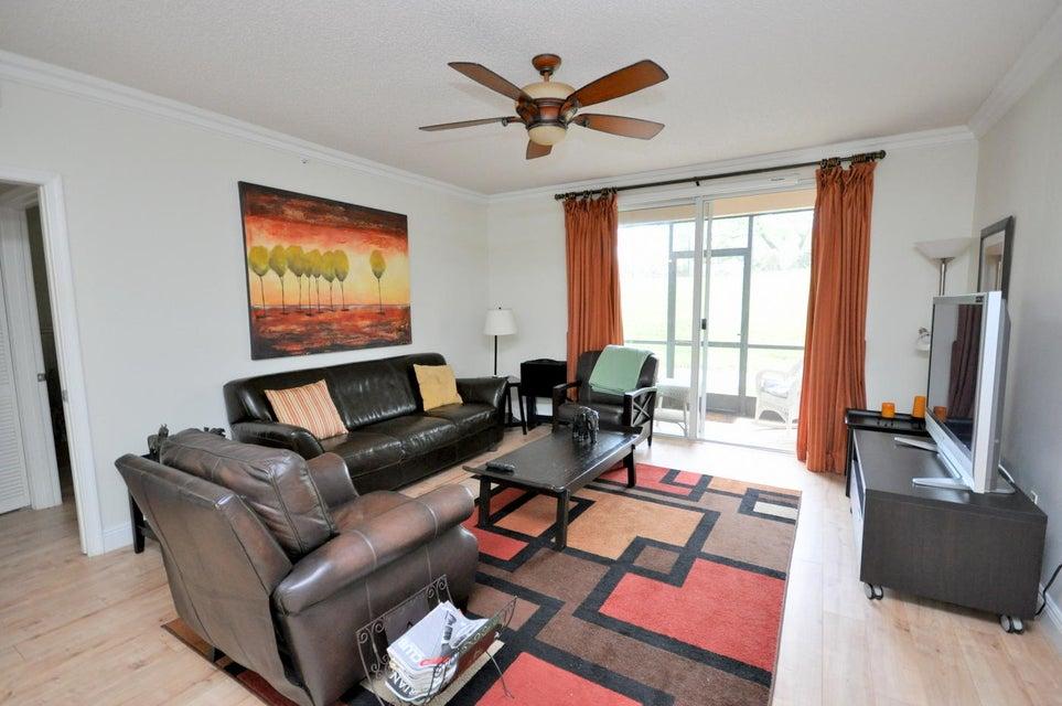 11790 St Andrews Place 105 Wellington, FL 33414 photo 2