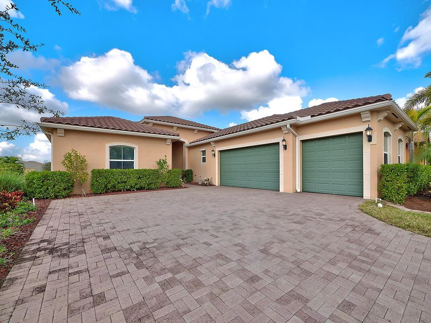 2537 Vicara Court  Royal Palm Beach, FL 33411