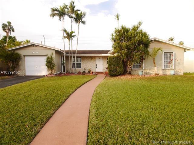 821 Palm Tree Lane