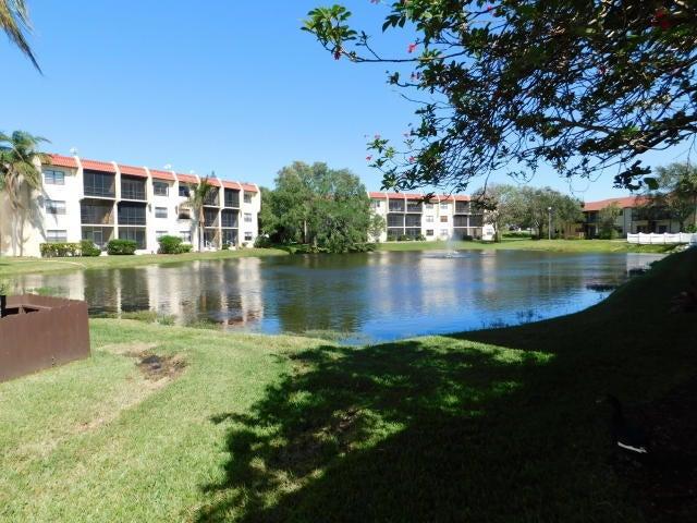 Photo of  Fort Pierce, FL 34950 MLS RX-10395718