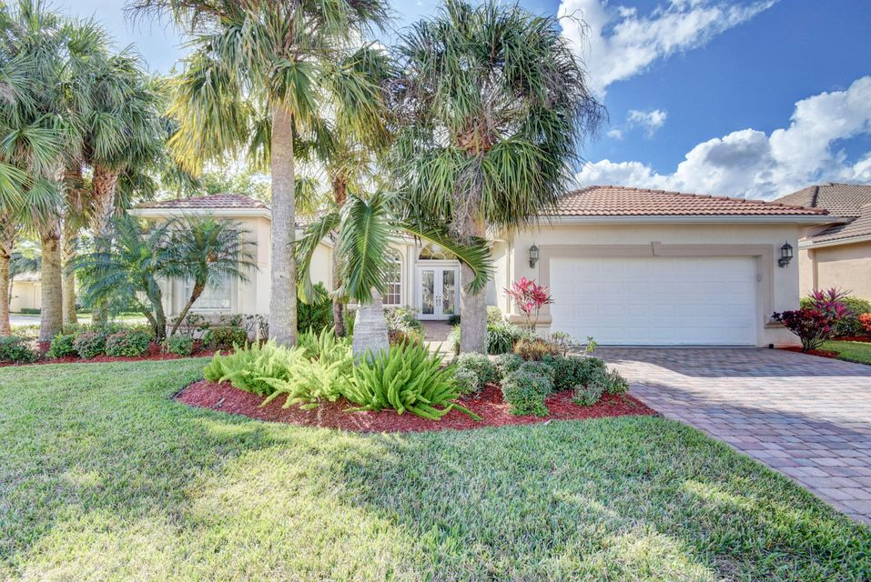 6585 Via Milani  Lake Worth, FL 33467
