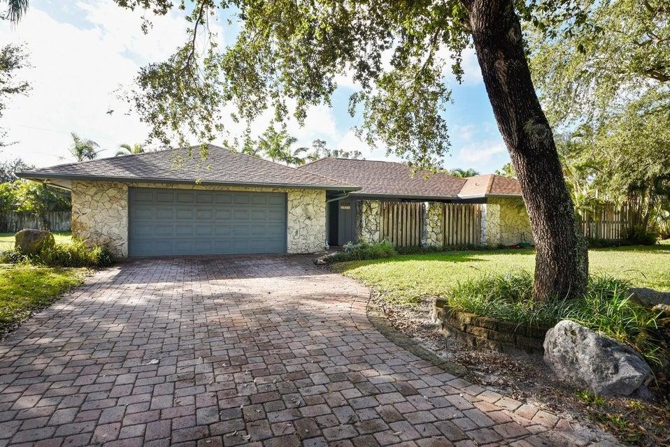 1856 Emilio Lane  West Palm Beach, FL 33406