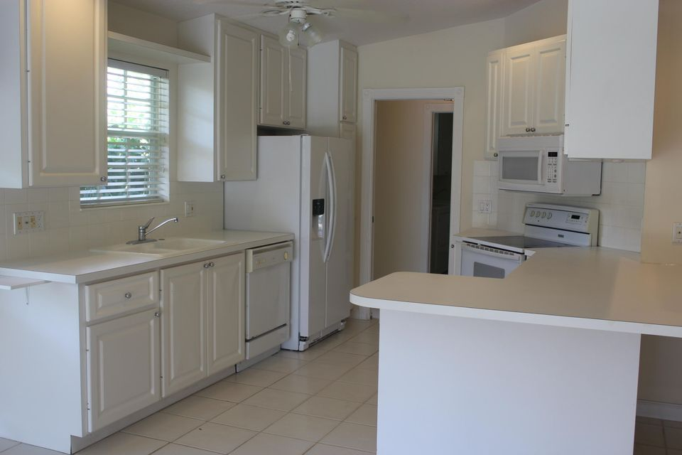 7186 Grassy Bay Drive West Palm Beach, FL 33411 photo 7
