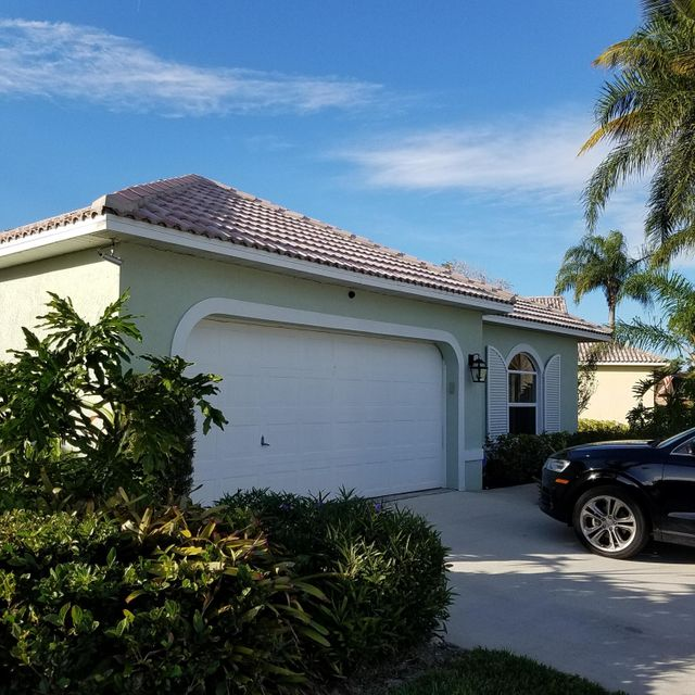 Single Family Home for Sale at 6162 SE Windsong Lane 6162 SE Windsong Lane Stuart, Florida 34997 United States