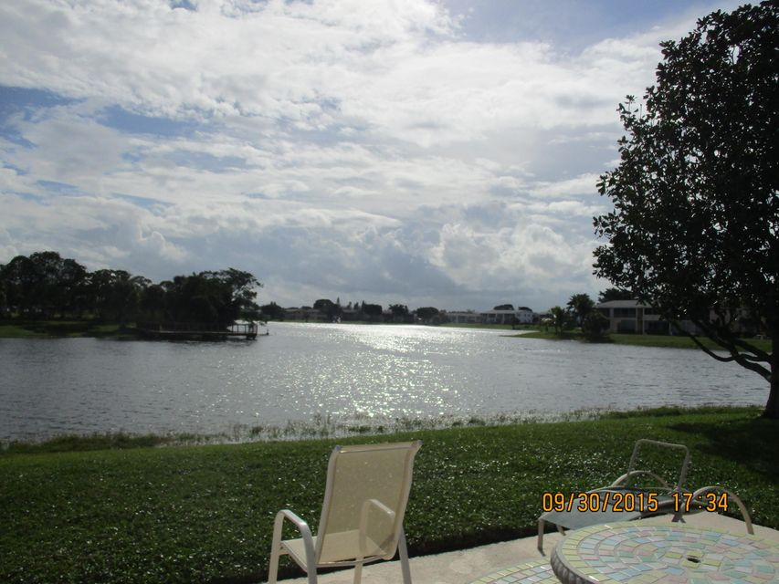 Condominium for Sale at 189 Stratford N 189 Stratford N West Palm Beach, Florida 33417 United States