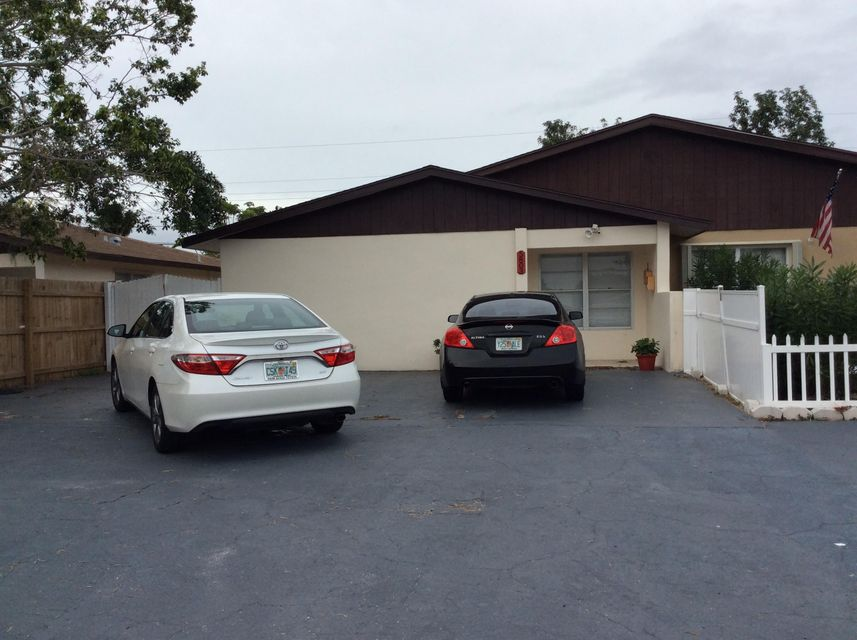 Home for sale in KNOLLWOOD CLUB CONDO West Palm Beach Florida