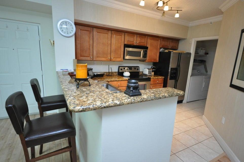 11790 St Andrews Place 105 Wellington, FL 33414 photo 6