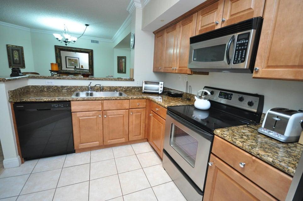 11790 St Andrews Place 105 Wellington, FL 33414 photo 9