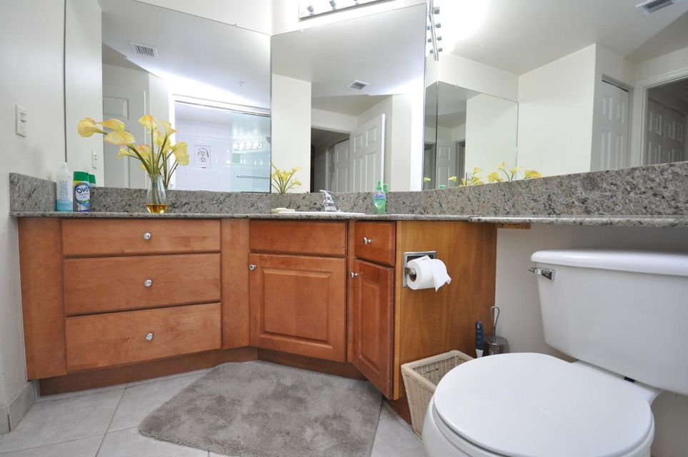 11790 St Andrews Place 105 Wellington, FL 33414 photo 13