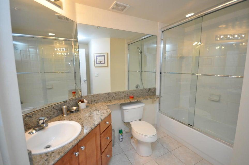 11790 St Andrews Place 105 Wellington, FL 33414 photo 15