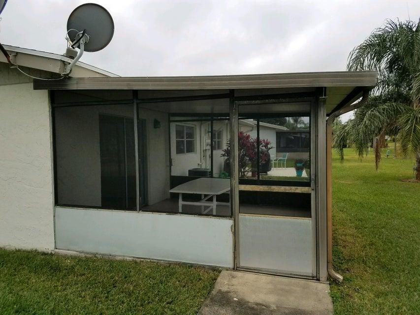 5431 Janice Lane West Palm Beach, FL 33417 photo 4