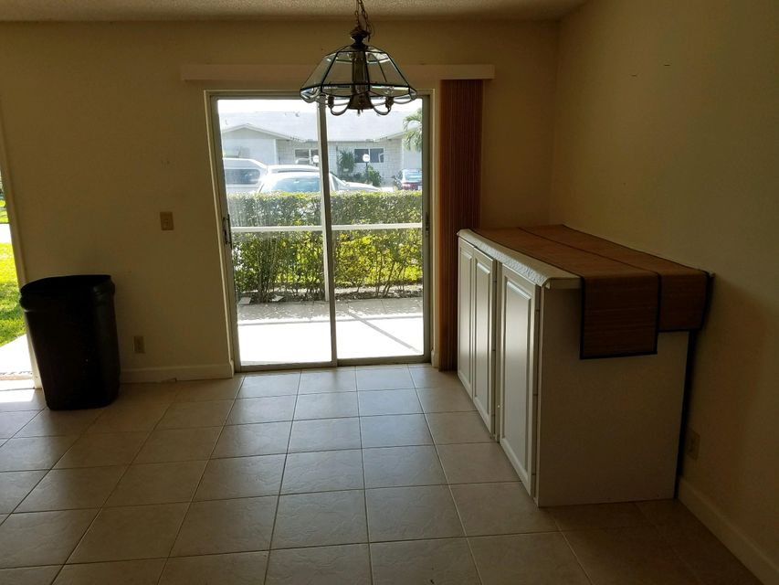 5431 Janice Lane West Palm Beach, FL 33417 photo 8