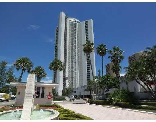 3000 N Ocean Drive is listed as MLS Listing RX-10396413 with 1 pictures