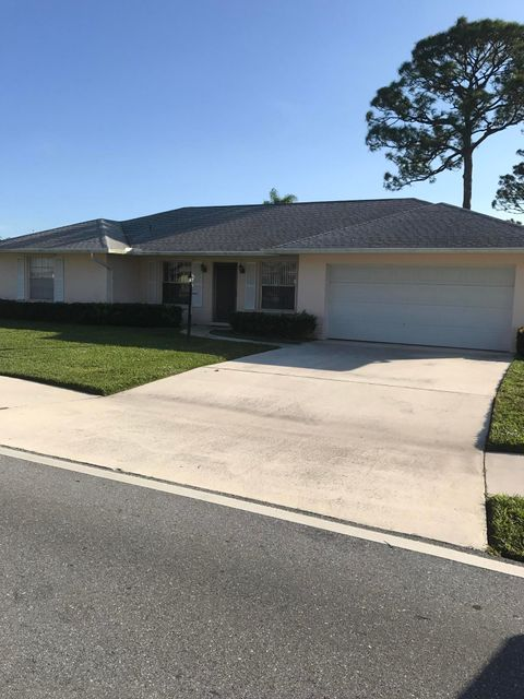 Single Family Home for Sale at 9510 SE Little Club Drive Way 9510 SE Little Club Drive Way Tequesta, Florida 33469 United States