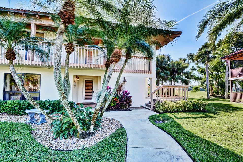 456 Brackenwood Lane , Palm Beach Gardens FL 33418 is listed for sale as MLS Listing RX-10394298 33 photos