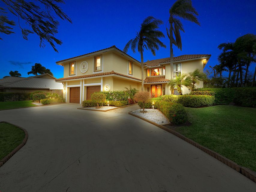 2450  Bay Village Court is listed as MLS Listing RX-10396621 with 31 pictures