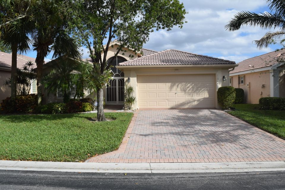 Valencia Lakes home 11914 Arias Avenue Boynton Beach FL 33437