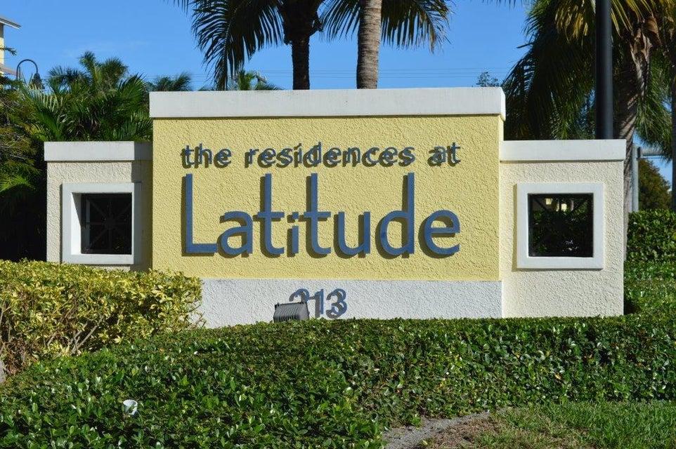 226 N Latitude Circle 306  Delray Beach FL 33483