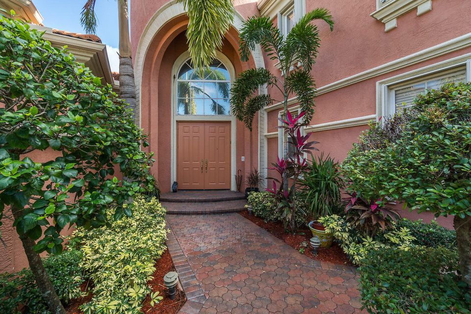 2555 Treanor Terrace Wellington, FL 33414 photo 5