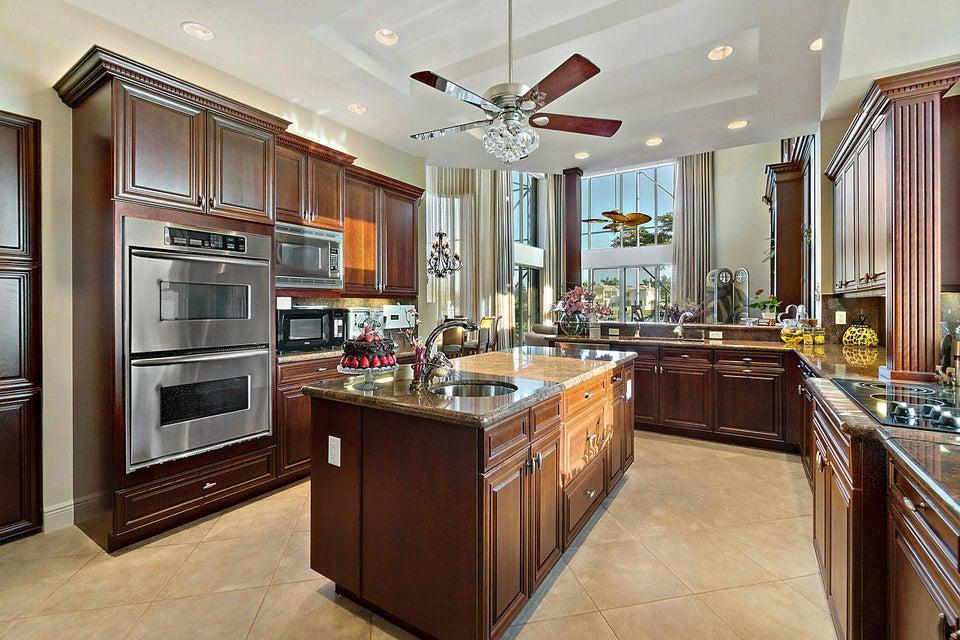 2555 Treanor Terrace Wellington, FL 33414 photo 15