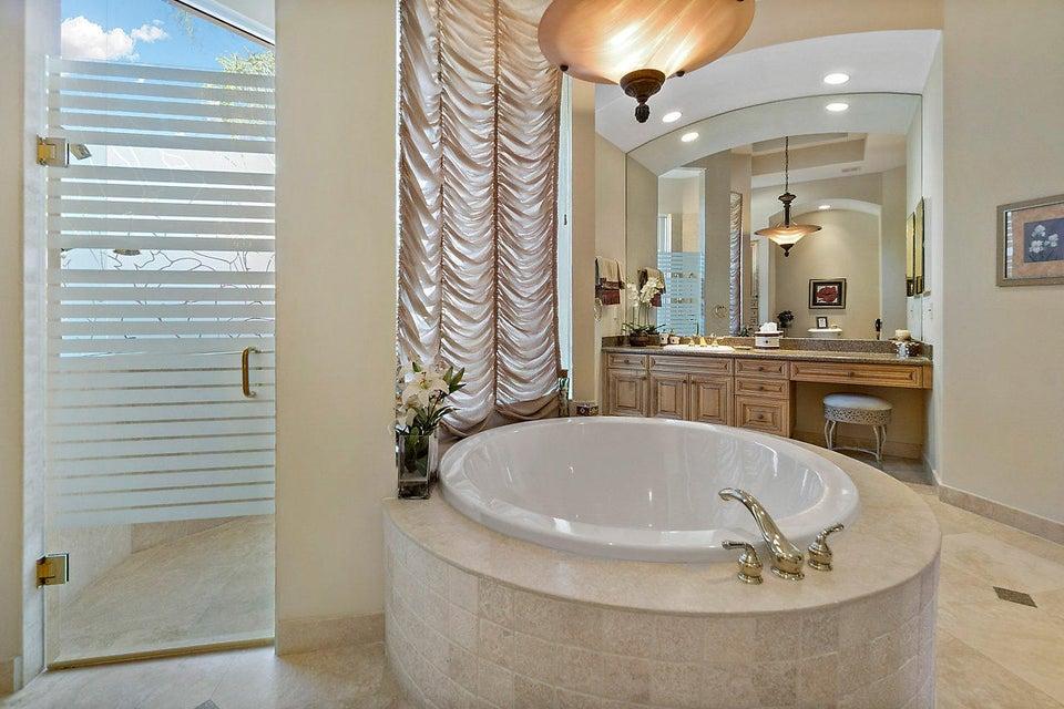 2555 Treanor Terrace Wellington, FL 33414 photo 23
