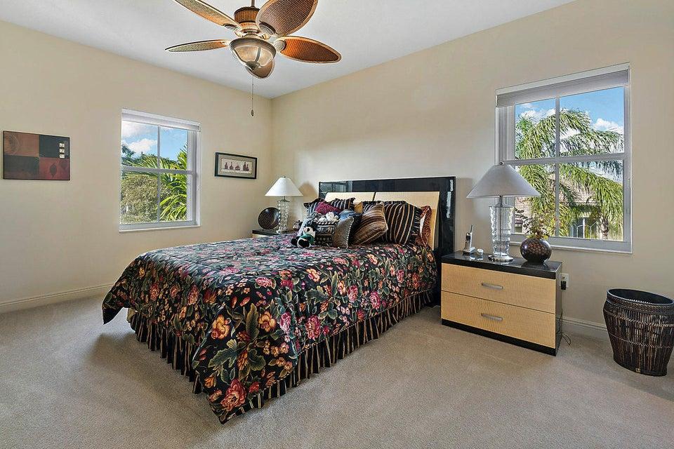 2555 Treanor Terrace Wellington, FL 33414 photo 30