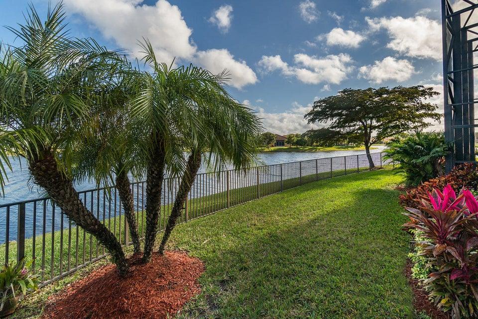 2555 Treanor Terrace Wellington, FL 33414 photo 34