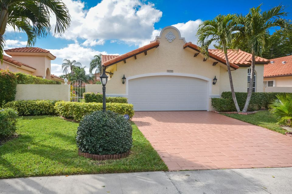 Single Family Home for Sale at 5190 Casa Real Drive 5190 Casa Real Drive Delray Beach, Florida 33484 United States