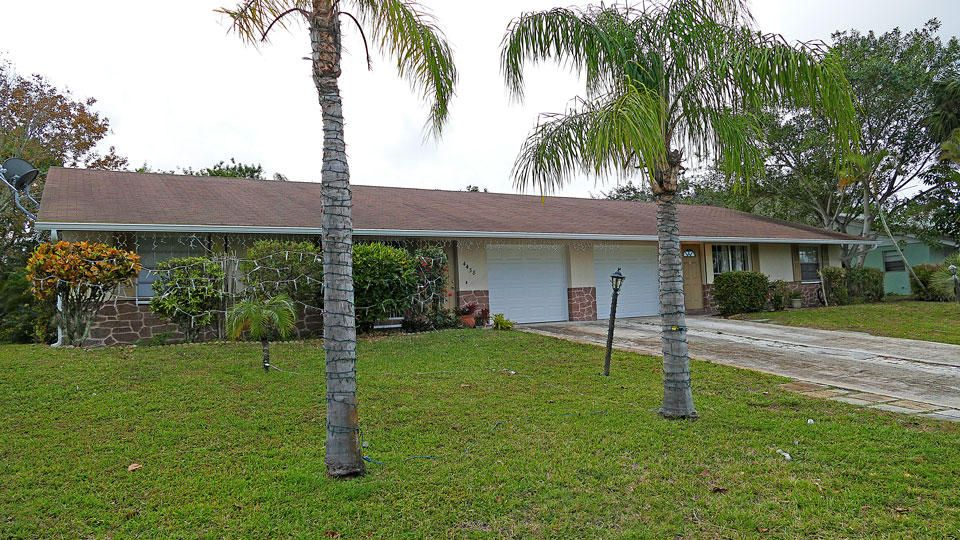 Duplex for Sale at 4428 SE Hamilton Lane Stuart, Florida 34997 United States