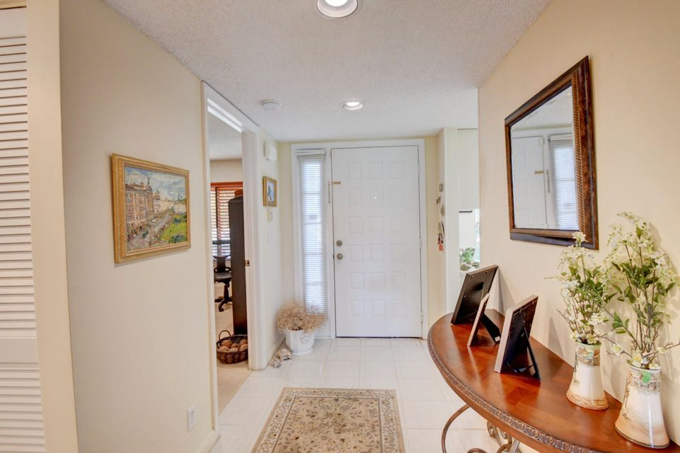 Additional photo for property listing at 7242 Clunie Place 7242 Clunie Place Delray Beach, Florida 33446 United States