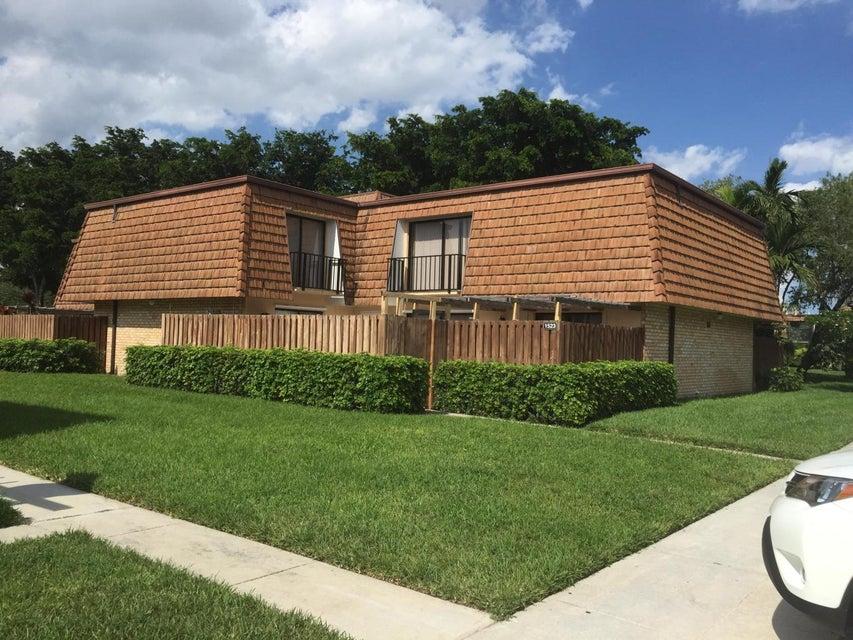 2604 26th Lane  Lake Worth, FL 33463