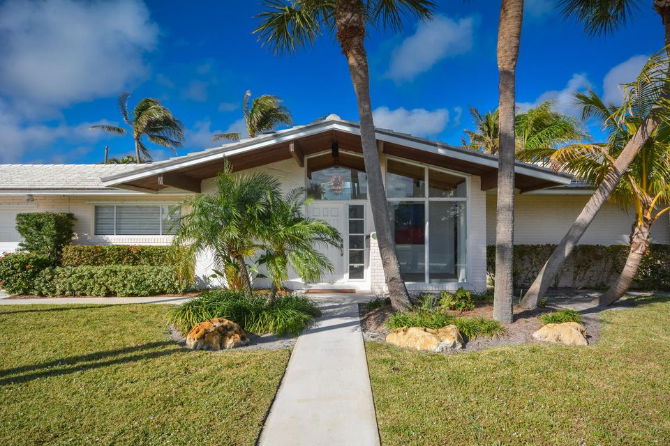 Single Family Home for Sale at 2015 Notre Dame Drive 2015 Notre Dame Drive Lake Worth, Florida 33460 United States
