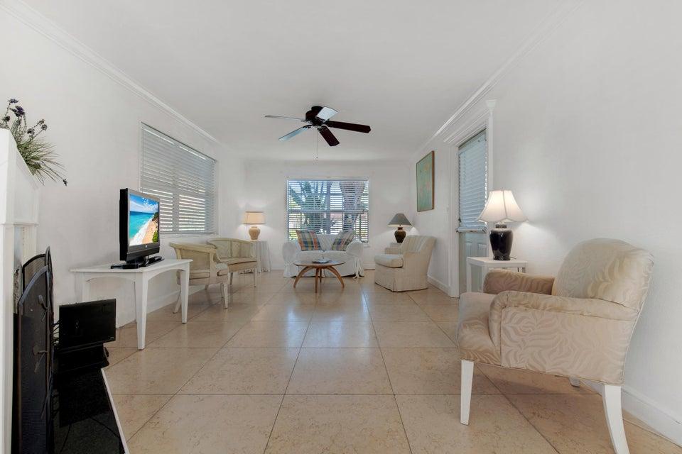 252 Rutland Boulevard West Palm Beach, FL 33405 photo 3