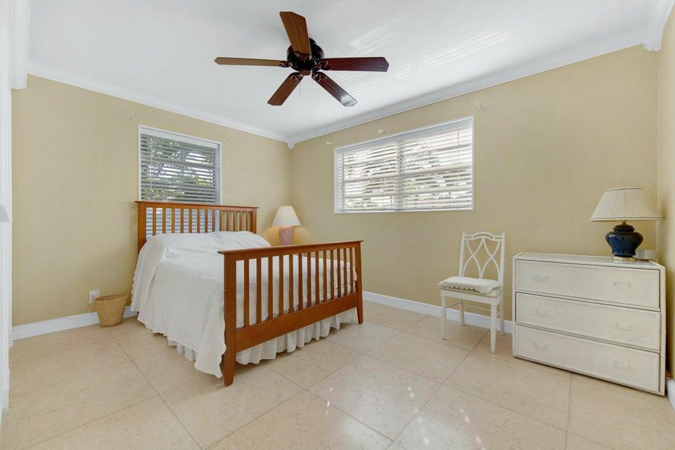 252 Rutland Boulevard West Palm Beach, FL 33405 photo 11